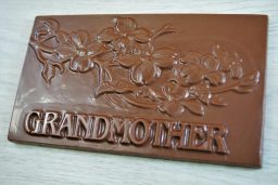 Sweet Spot Chocolate Shop Grandmother Bar Milk Chocolate