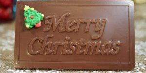 Sweet Spot Chocolate Shop Merry Christmas Bar with Decoration